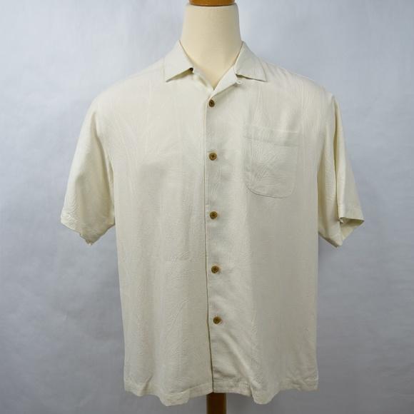 efe16361d900 Tommy Bahama Mens Camp Shirt Size Medium